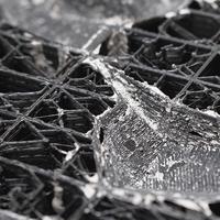 Matière en acte : les rapports entre conception et matérialité dans la production matérielle numérique